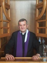 Czytaj więcej: ks. dr Ryszard Świder - opiekun ARKi